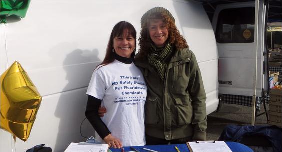 Dawna Gallagher-Stroeh and Cindy Yacob at the San Rafael Farmers' Market