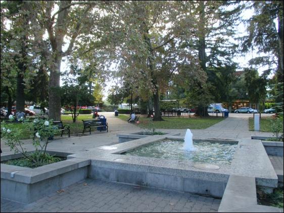 Healdsburg Plaza (November 2014)